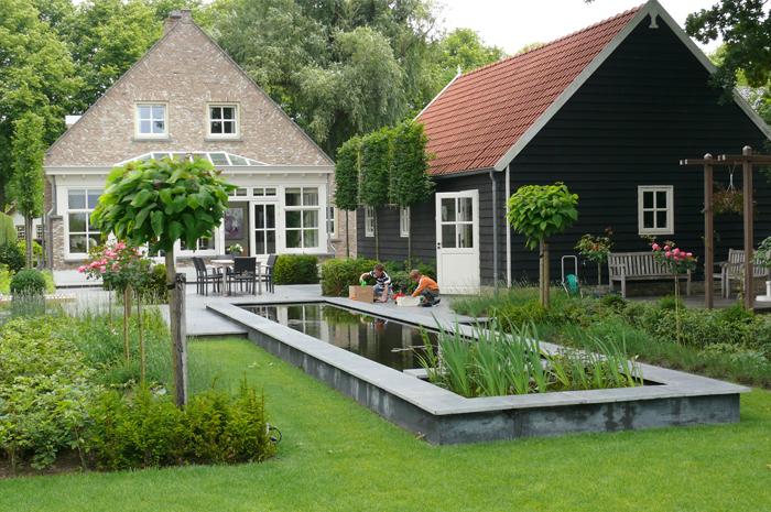 Florato hoveniersbedrijf kaatsheuvel waalwijk for Moderne vijvers foto s